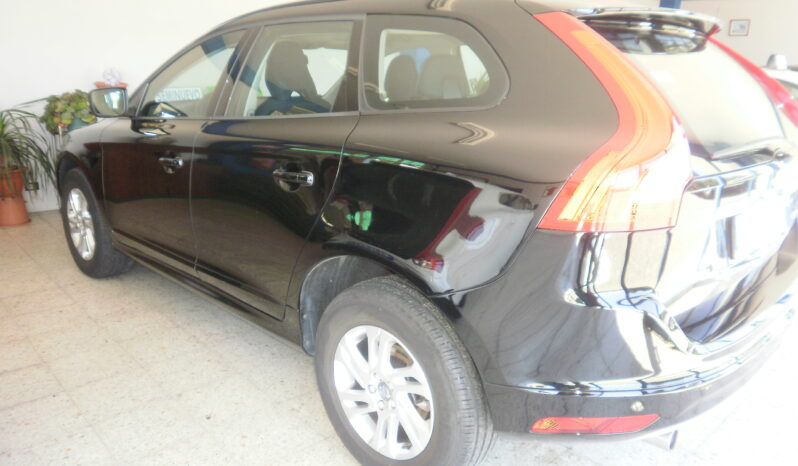 VOLVO XC60 D3 KINETIC 150cv manual lleno