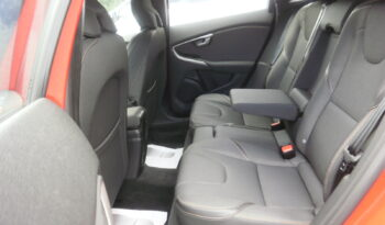 VOLVO V40 CROSS COUNTRY D2 MOMENTUM Aut. lleno